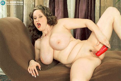 Granny pussy porn videos jpg 800x534