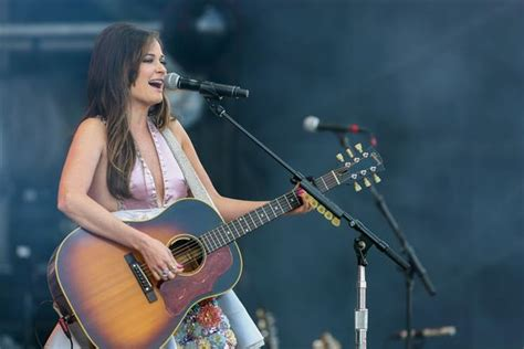 Kacey musgraves biography affair, in relation, ethnicity jpg 659x440